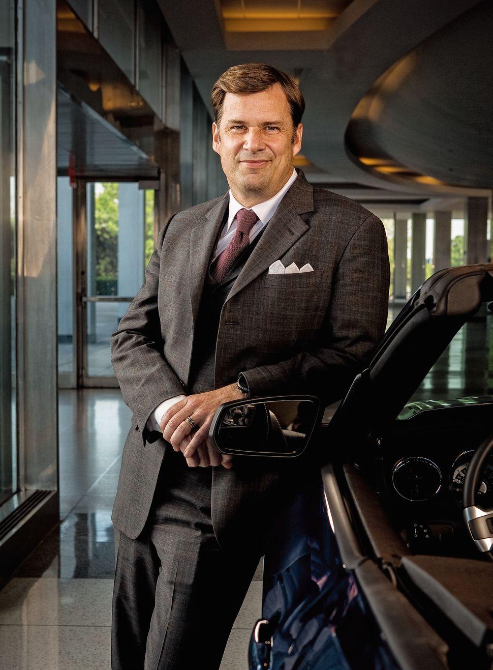 20120708-福特汽车副总裁